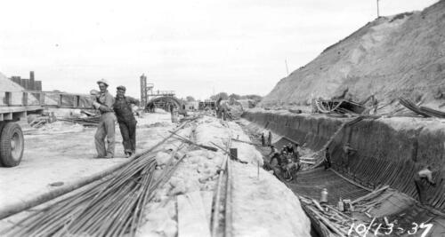 Workers at Kingsley Dam